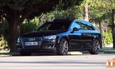 Al volante del Audi A4 Avant 2016