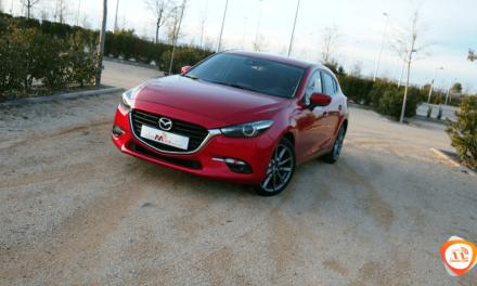Al volante del Mazda 3 5p 2018