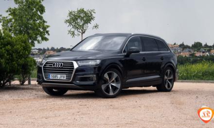 Al volante del Audi Q7 e-tron 2018
