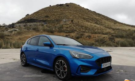 Al volante del Ford Focus ST-Line 2019