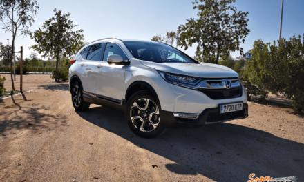 Al volante del Honda CR-V Hybrid AWD 2019