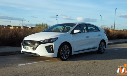 Al volante del Hyundai IONIQ Hybrid 2017