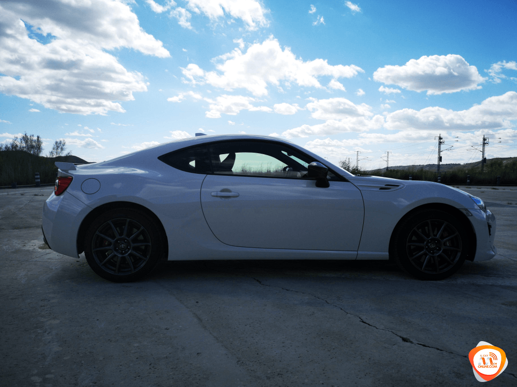 Al volante del Nissan e-NV200 Evalia 2019