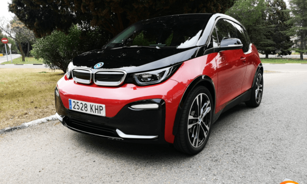 Al volante del BMW i3s 2019