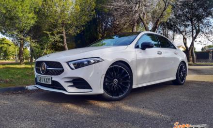 Al volante del Mercedes-Benz Clase A Sedan 2020
