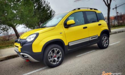 Al volante del Fiat Panda Cross 4×4 2020
