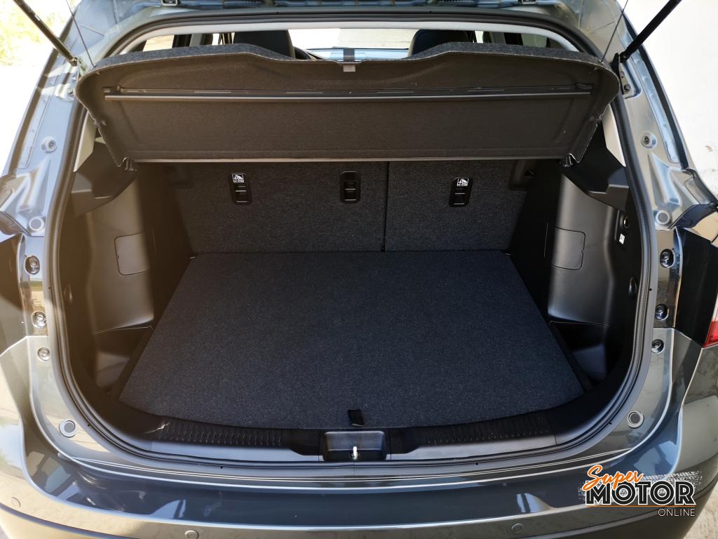 Al volante del Suzuki S-Cross Hybrid 2020