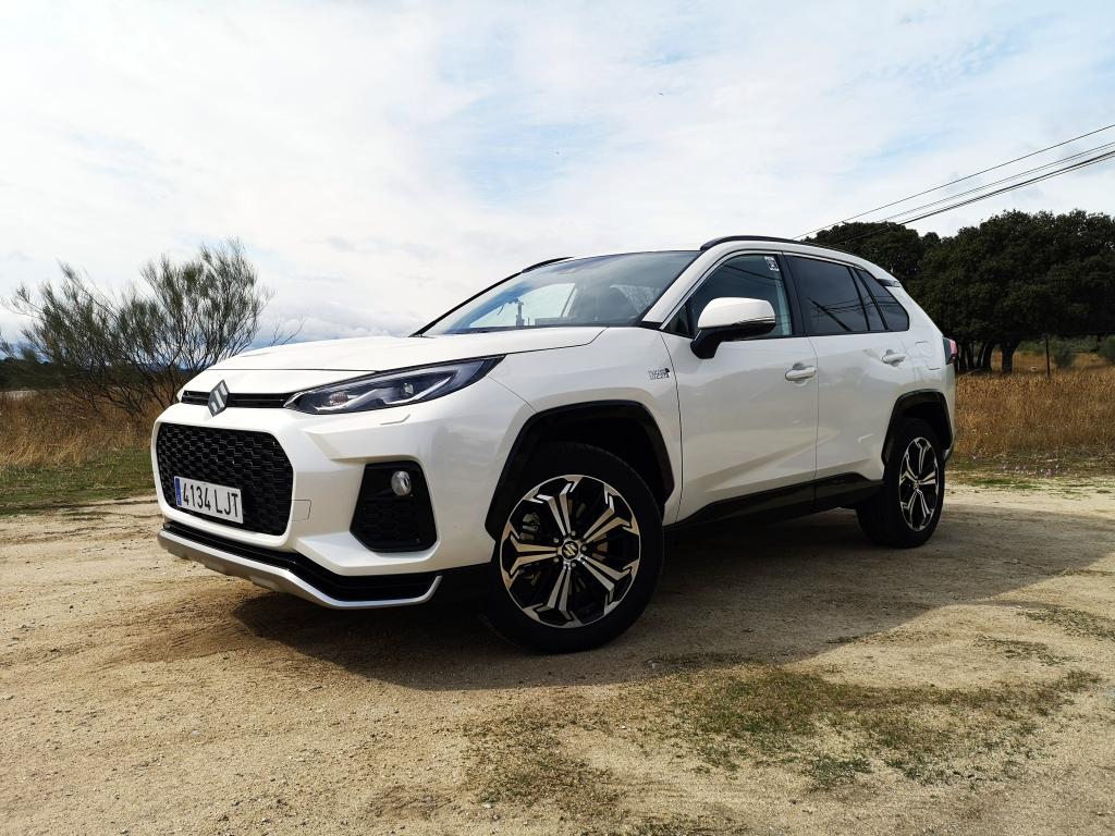 Probamos el nuevo Suzuki Across y Swift Hybrid 2020