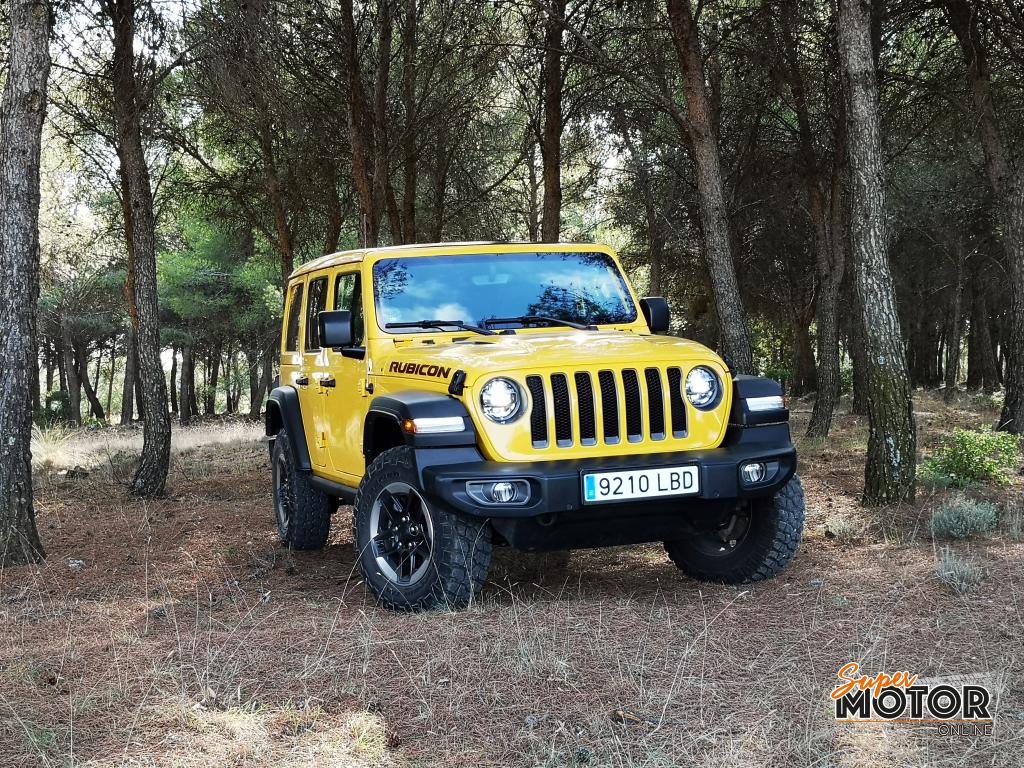 Al volante del Jeep Wrangler Rubicon 2020