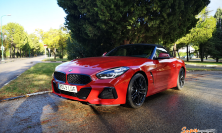 Al volante del BMW Z4 2020