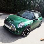Al volante del MINI Cooper SE 2020