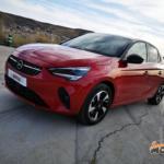 Al volante del Opel Corsa-e 2020