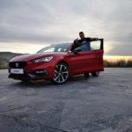 Al volante del Seat León ST FR 2021