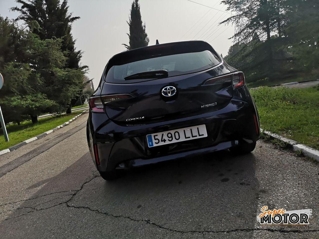 Al volante del Toyota Corolla 5 puertas 2021