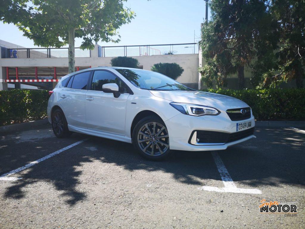Al volante del Subaru Impreza eco-Hybrid 2021