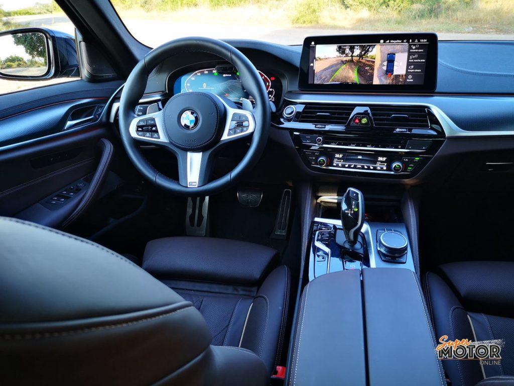 Al volante del BMW 530e PHEV 2021